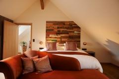 holzpaneele-teakyourwall-boat-schlafzimmer