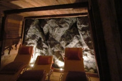 Kunstfelsen - Felslandschaft - Wellness - Salzgrotte