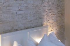 moderne-wandgestaltung-schlafzimmer-bari-1